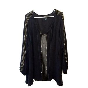Layne Bryant 26/28 Beaded Tunic Style Shirt